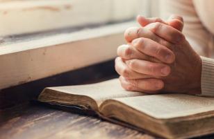 建立以祷告为动力的教会!